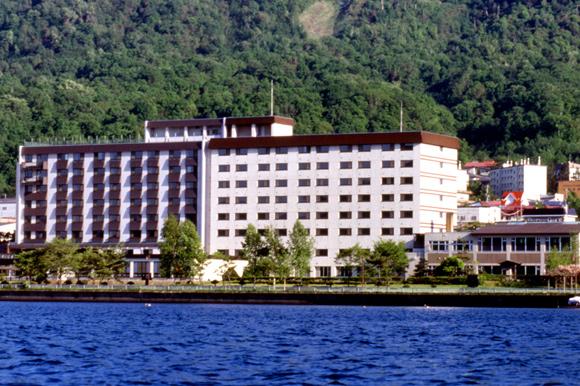 湖 ホテル 洞爺